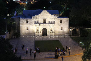 fun in san antonio-the alamo